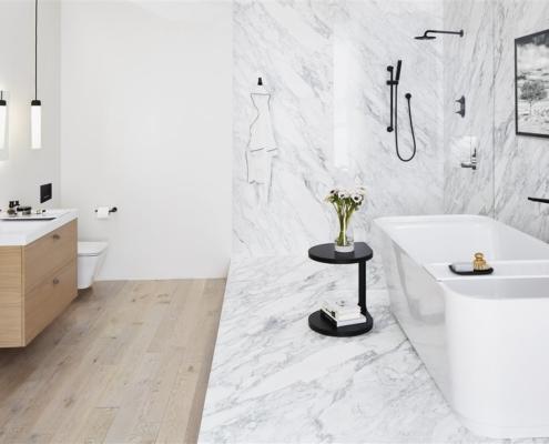 elegant white bathroom | On Target Home Inspection | Dream Bathroom Orland Park